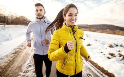 Il dialogo interiore positivo: la tua arma segreta per gli obiettivi di fitness